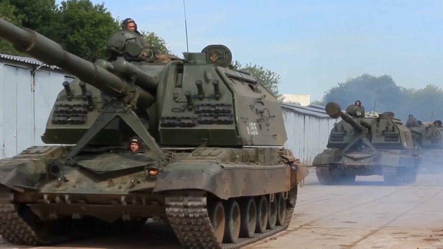 الجيش الصيني يشارك في أضخم مناورة عسكرية روسية منذ الثمانينيات