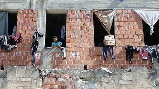 Menekültek ezrei rekedtek Boszniában