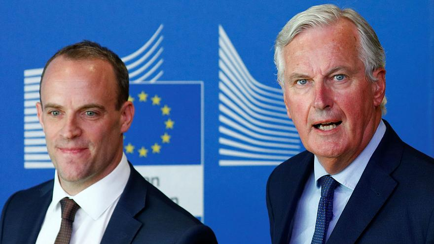 Brexit: UK 'confident' of October deal