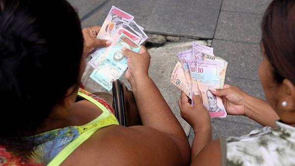 Confusión entre los venezolanos por la nueva moneda