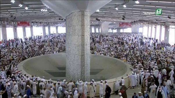 Lapidación del diablo: los musulmanes celebran el tercer día de la peregrinación a La Meca