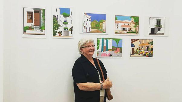 Concha, la artista valenciana de 88 años que realiza bellas obras con Paint