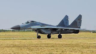 Παραλαβή δύο MiG-29 από τη Σερβία