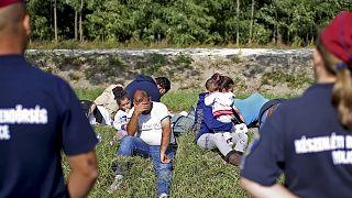 """""""Macaristan sığınma başvurusu yapanlara yemek vermiyor"""""""
