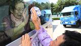 دموع وحسرة في وداع العائلات التي فرقتها الحرب الكورية