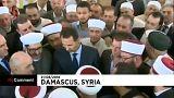 Башар Асад побеседовал с верующими после праздничной молитвы
