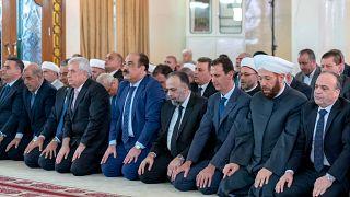 Suriye Devlet Başkanı Esad bayram namazını Şam'da kıldı