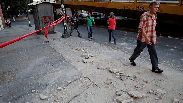¿Qué más puede salir mal?: los memes del terremoto en Venezuela