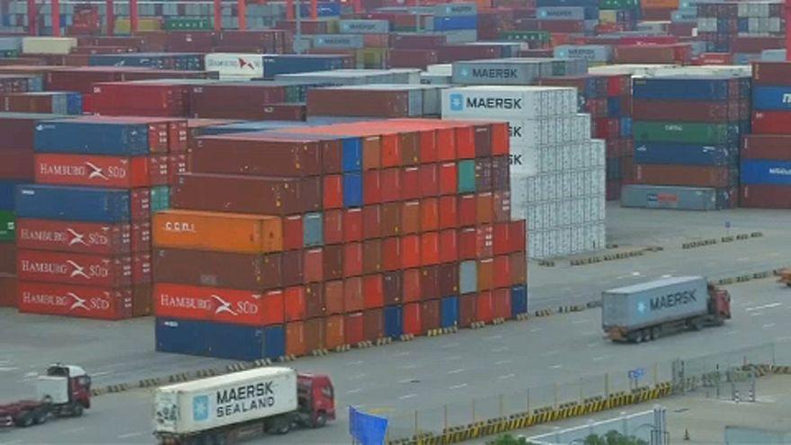 ABD ve Çin 'ticaret savaşını' bitirmek için yeniden müzakere masasında