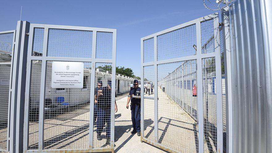 Nem ad enni a magyar állam az elutasított menedékkérőknek