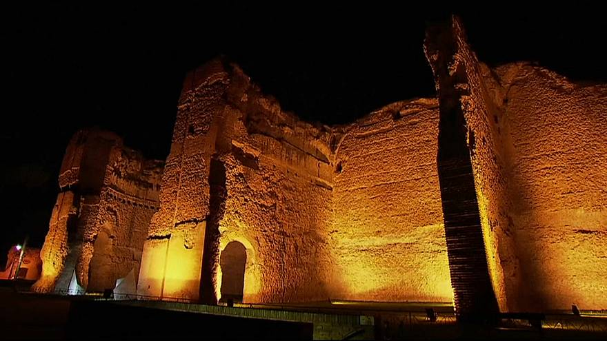 Caracalla-Thermen bei Nacht