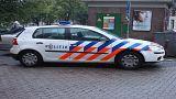 انفجار سيارة ومقتل سائقها إثر اصطدامها بمبنى بلدية بيمل في هولندا