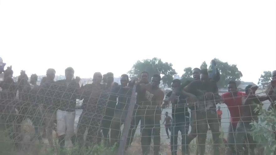 Ceuta: nuovo assalto di migranti alla barriera