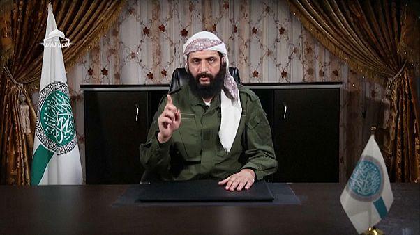 شاهد: الجولاني يحذر فصائل المعارضة في إدلب من التفاوض مع دمشق