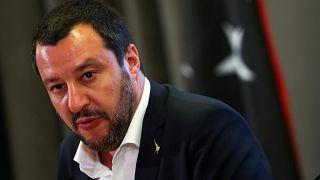 Twitterkrieg: Innenminister gegen Anti-Mafia Autor