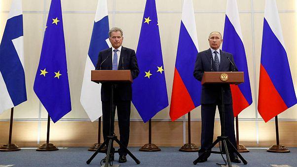 Putyin értelmetlennek tartja az amerikai szankciókat