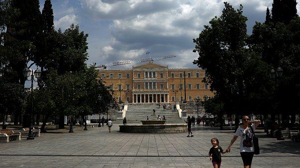 Apagão mergulha Atenas no caos