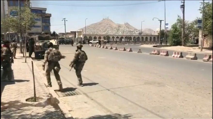 Afganistan Moskova'daki barış görüşmelerine katılmazken, Taliban daveti kabul etti