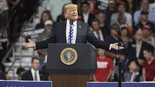 Donald Trump acusa ex-advogado de mentir