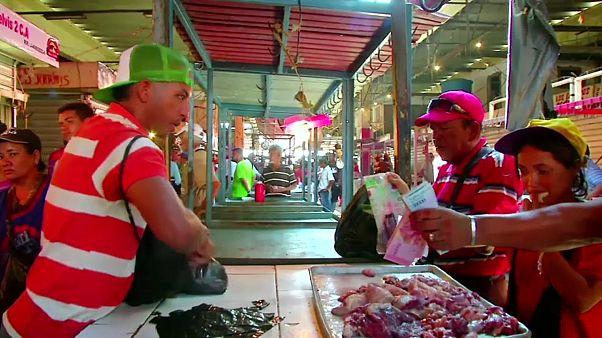 فنزويلا: الأزمة الاقتصادية الخانقة تدفع الناس لأكل اللحوم الفاسدة
