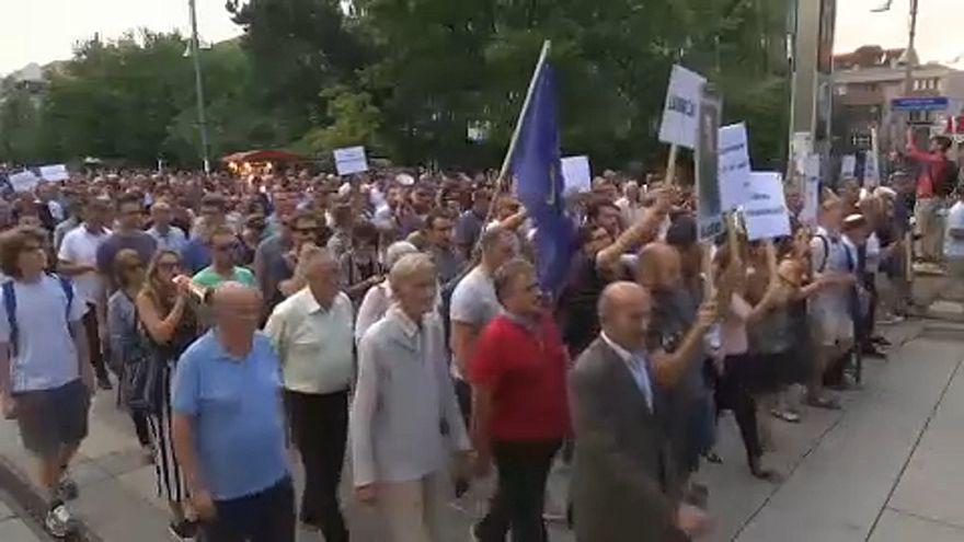 Pristina, proteste contro il procuratore capo