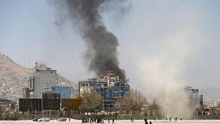 کابل؛ ویدئوی حمله خمپارهای مهاجمان در زمان سخنرانی اشرف غنی
