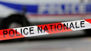 Késelés Párizsban – három halott, egy sebesült