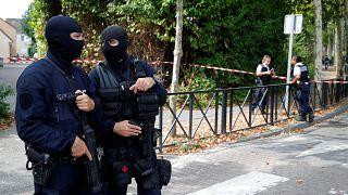 Παρίσι: Αιματηρή επίθεση με μαχαίρι κοντά στις Βερσαλλίες