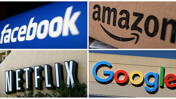 ماذا يحدث في دقيقة واحدة على الانترنت؟ أكثر من 100 مليون رسالة ودخول على مواقع التواصل