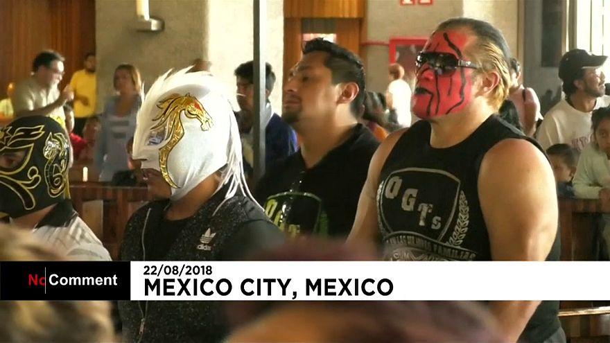 Le pèlerinage des catcheurs mexicains