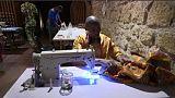Afrikai szabók egy római divatszalonban