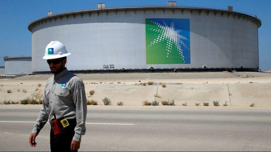عربستان: دولت به خصوصیسازی نفت متعهد است