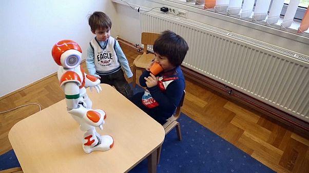 Roboter können autistischen Kindern helfen