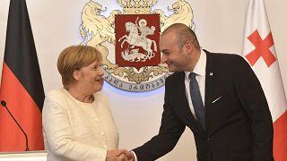 """Merkel in Georgia: """"Non dimenticheremo le ingiustizie"""""""