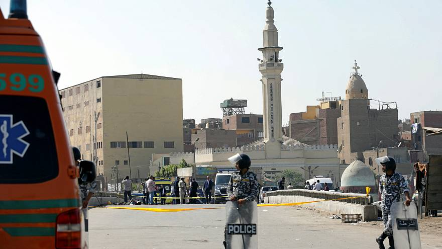السلطات المصرية تعتقل ثلاثة سياسيين معارضين للسيسي بينهم سفير سابق
