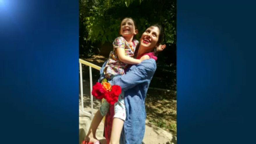 Ideiglenesen szabadon engedték az Irán által bebörtönzött brit-iráni nőt