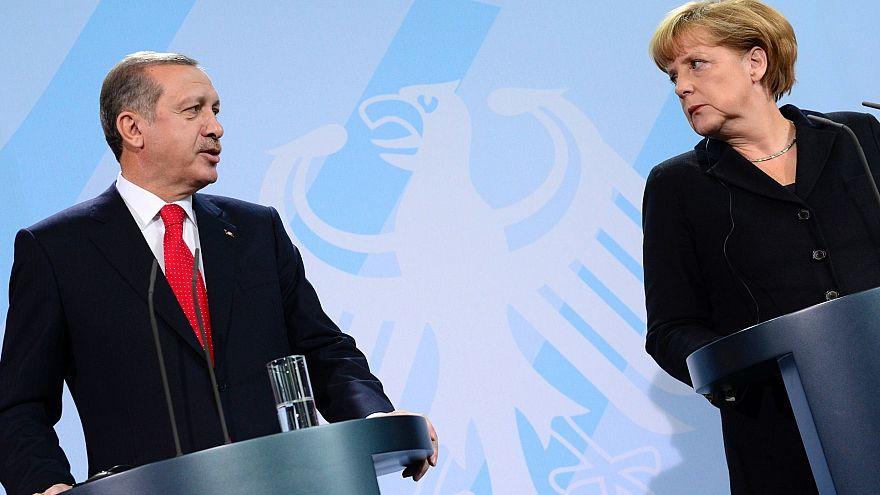 Alma halkının üçte ikisi Türkiye'ye mali yardıma karşı çıkıyor.