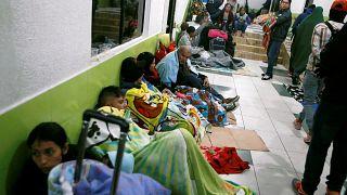 Porte in faccia ai venezuelani