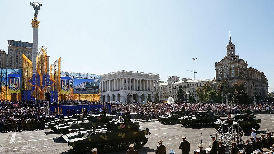 Guerra ensombra aniversário da independência da Ucrânia