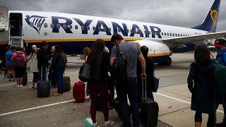 Ryanair cobrará por la maleta de mano