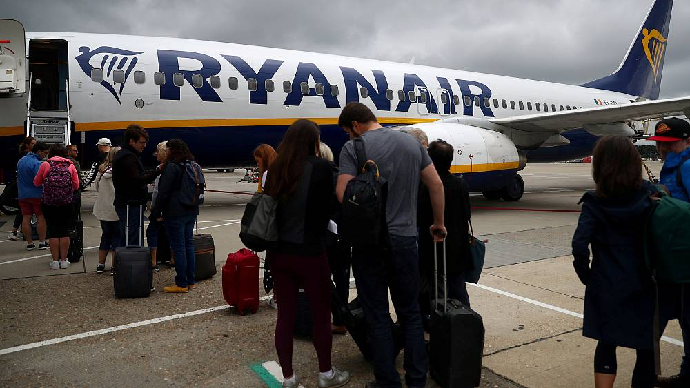 Ryanair changes cabin bag policy, small suitcase no longer free