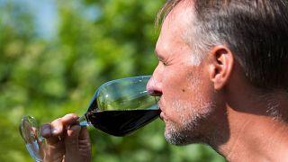 Même un peu d'alcool vous fera du mal, affirme une étude