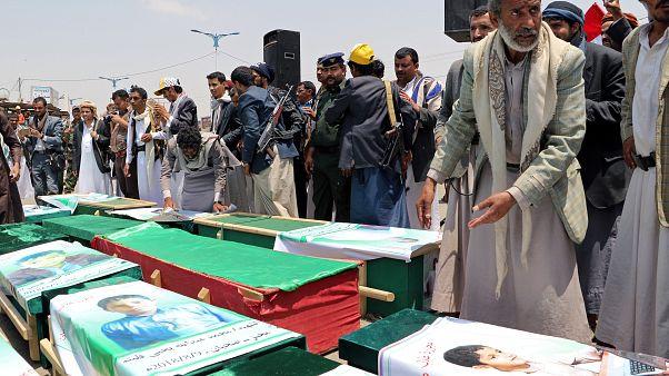 Wieder 22 Kinder bei Luftangriff getötet