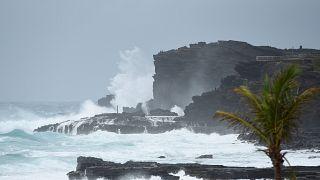 Trópusi viharrá szelídült a Hawaii-t ostromló Lane hurrikán