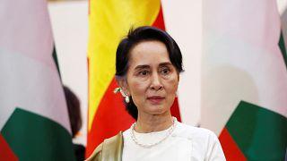 زعيمة ميانمار أونج سان سو كي في هانوس بفيتنام يوم 19 أبريل نيسان 2018.
