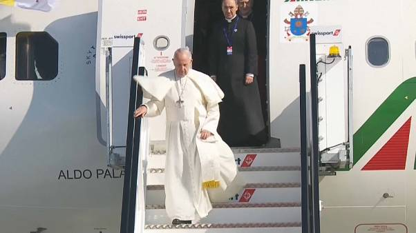 Le pape François est arrivé en Irlande