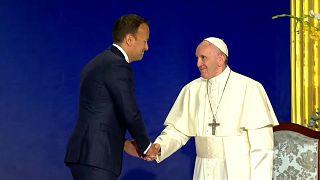 """""""Crimini ripugnanti"""": il mea culpa del Papa in Irlanda"""
