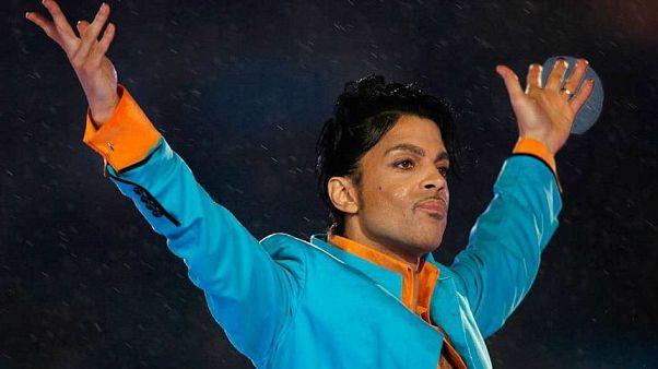 Prince'in ailesi 2016'da ölen ünlü yıldızın doktoruna dava açtı