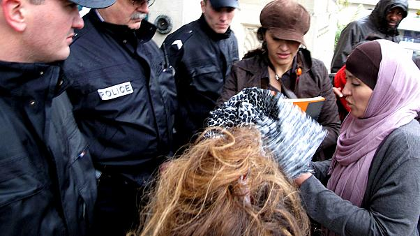 BM'den Fransa'ya başörtüsü cezası: Çalışan kadınların önü açılıyor