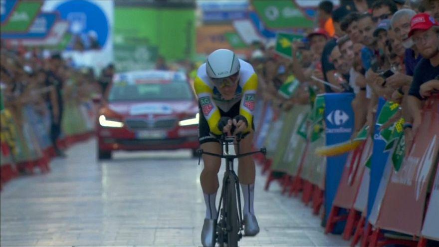 Rohan Dennis primer líder de la Vuelta